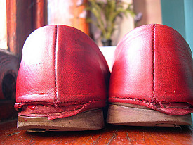 These shoes need a cobbler!  Photo: katesheets/Flickr