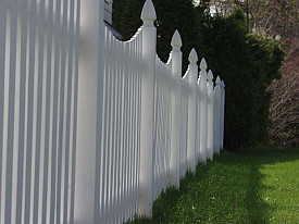 Should I Repair Or Replace My Vinyl Fence Networx