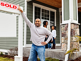 With the help of the Internet, you can research real estate comps on your own. (Photo: jhorrocks/istockphoto.com)