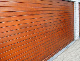 article_woodgaragedoor_7e0dde6a863594f6f