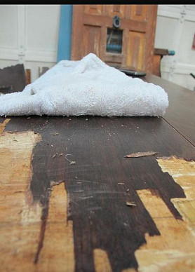 Removing veneer from a table at/by Gypsy Barn via Hometalk.com.