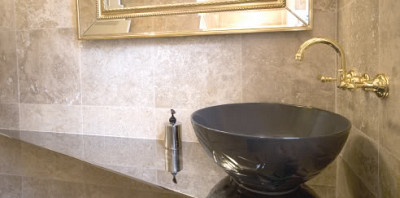 wall mounted faucet