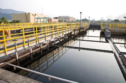 sediminentation tank in a sewage treatment plant