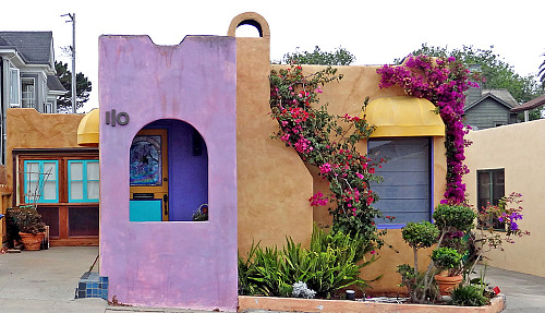 Painted stucco house by GPA Photo Archive/flickr