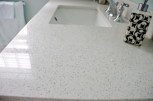 Quartz countertop on bathroom vanity by sk/flickr
