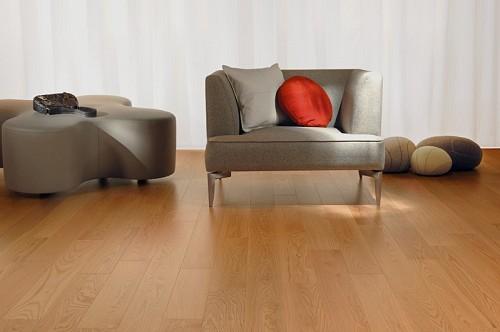 Hardwood floor by Boa-Franc/flickr