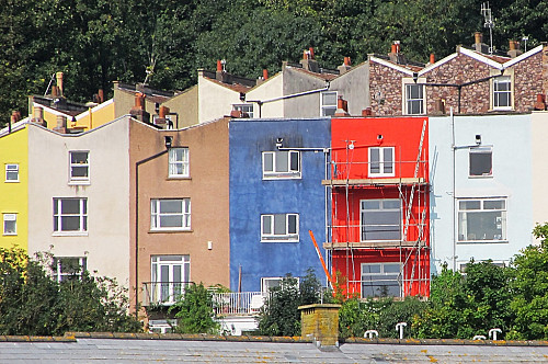 Paint your house to make it stand out by Andrew Gustar/flickr