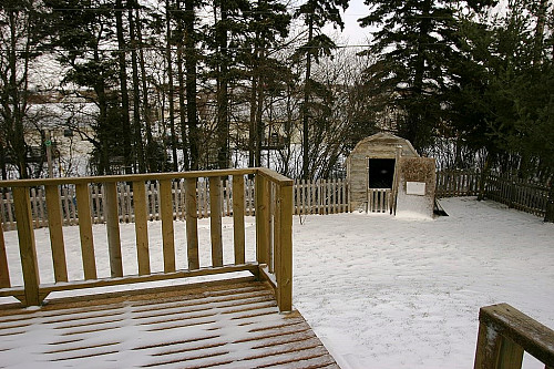 Winter is hard on your deck  Martin Cathrae  / Wikimedia Commons
