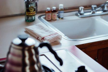 Kitchen sink StockSnap / Pixabay