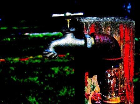 Water tap  Jan Tik / flickr