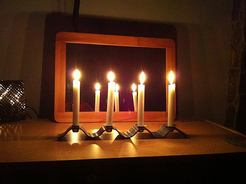 Candles in power outage by Amber Strocel/flickr