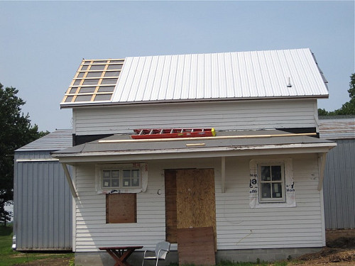 New metal roof  ralmonline alm / flickr