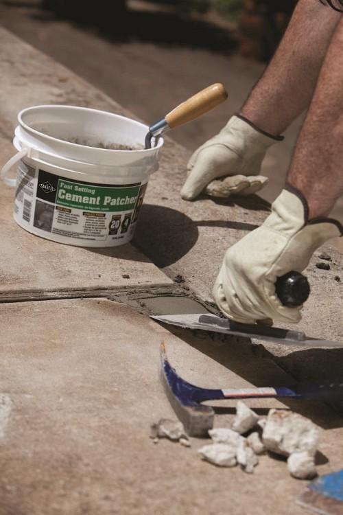 Fast setting concrete patcher/courtesy Sakrete
