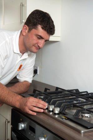 Maintain gas stove  CORGI HomePlan / flickr