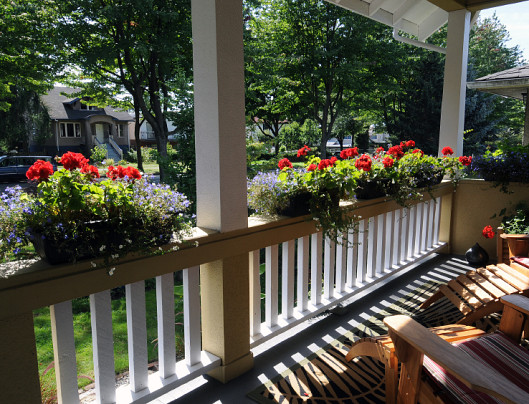 Dress Up Your Front Porch Networx