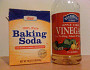 Photo of baking soda and vinegar by jessica mullen/Flickr.