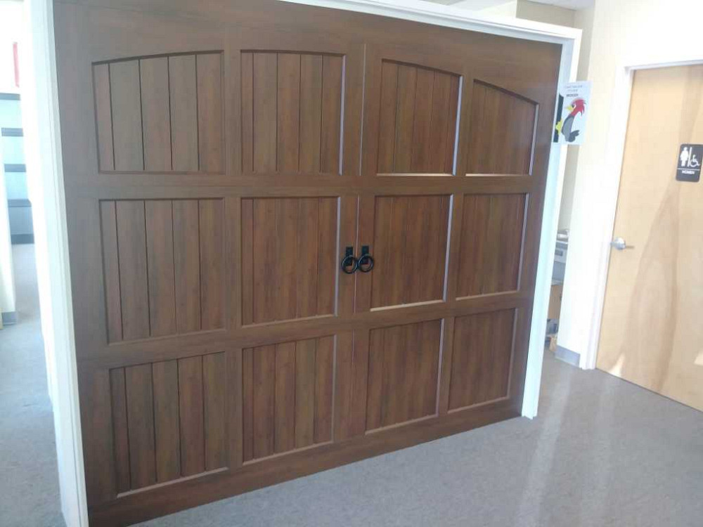 Merveilleux A 1 Overhead Door Company Is A Locally Owned And Operated Family Business  With More Than 21 Years Of Experience With Garage Doors.