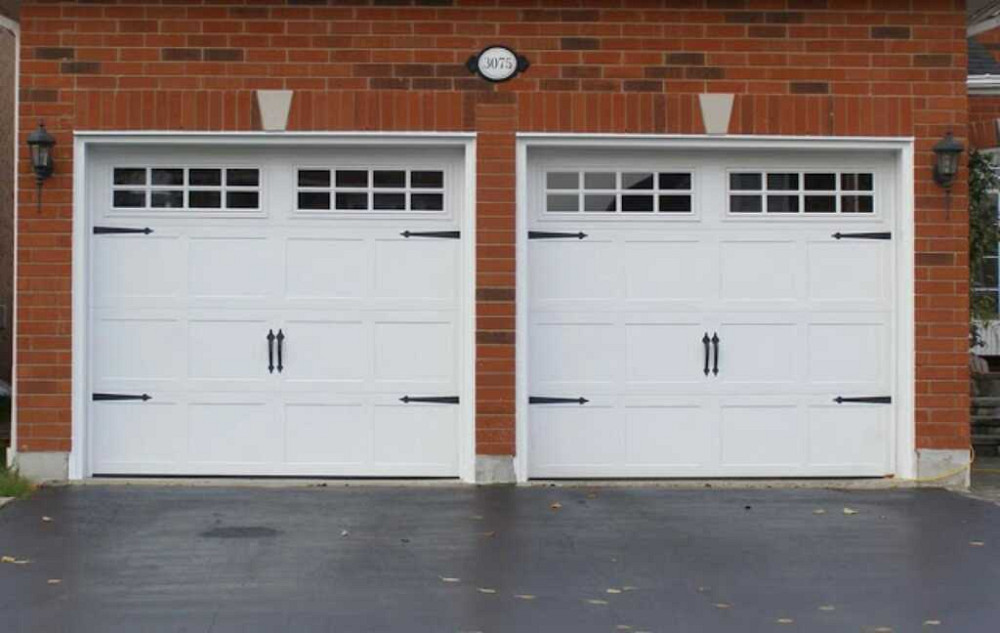 At SIMO GARAGE DOORS We Are The Garage Door Experts Specializing In The  Sales, Service And Installation Of Quality Residential Garage Doors And  Openers.
