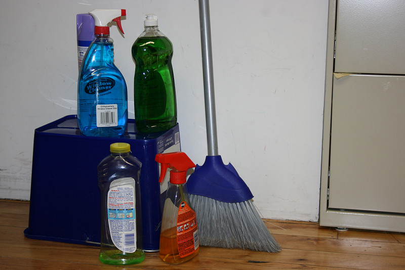 How to clean without really cleaning networx for How to clean a garage floor without water
