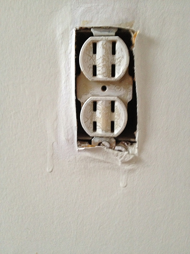 How To Fix Ungrounded Outlets Networx