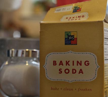 Baking soda to Clean Carpet